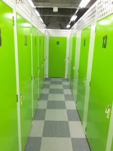 トランクルーム中の島室内